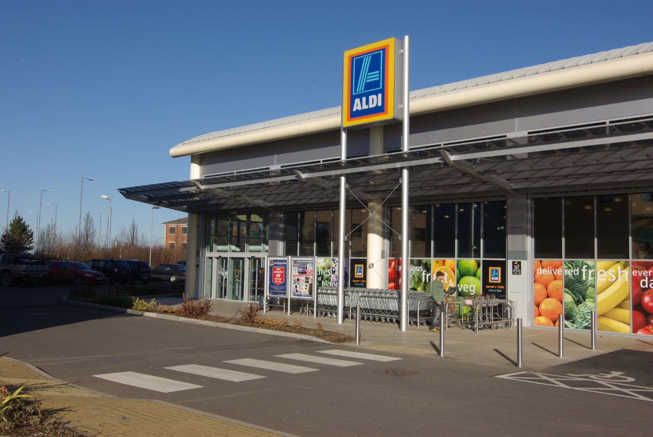aldi uk marks solar independence day with new solar rollout pledge solar power portal. Black Bedroom Furniture Sets. Home Design Ideas