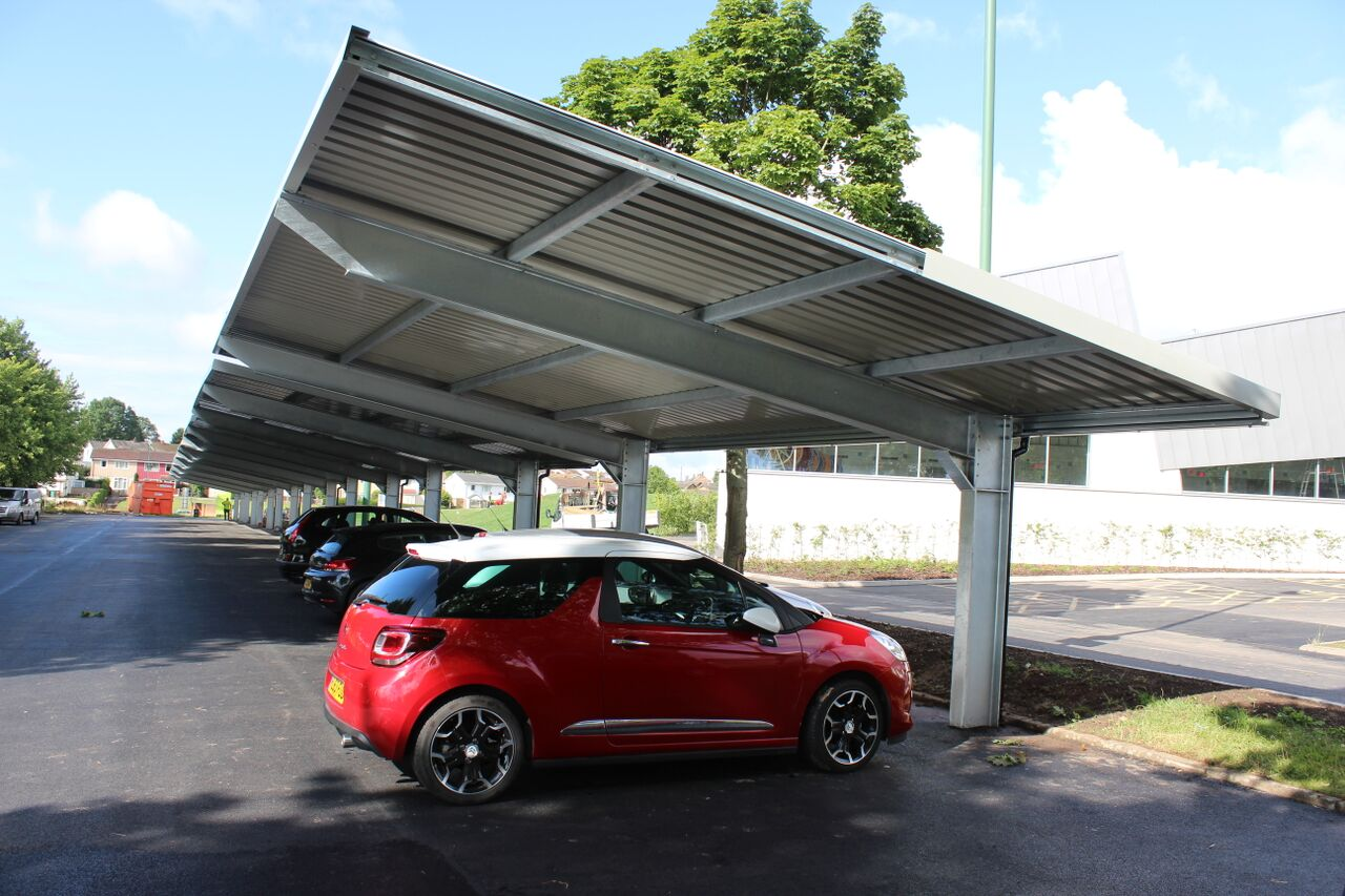 nottingham city council installs uk s largest solar carport solar power portal. Black Bedroom Furniture Sets. Home Design Ideas