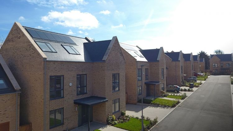 UK rooftop solar at a crossroads; planning for life after tariffs