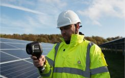 Balance between in-house and outsourced asset management 'crucial' to solar owners