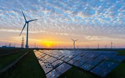 Renewables provide record 47% of UK generation in Q1