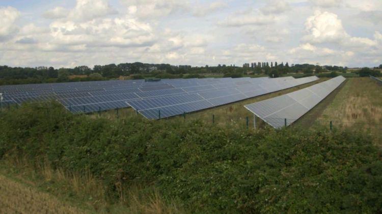 BlackRock UK renewable fund surpasses £1 billion landmark